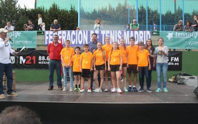 El equipo juvenil asciende de categoría.